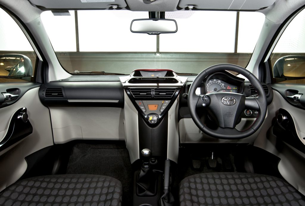toyota iq gets even smarter for 2011 toyota. Black Bedroom Furniture Sets. Home Design Ideas