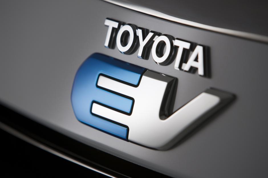 Toyota RAV4 EV badge