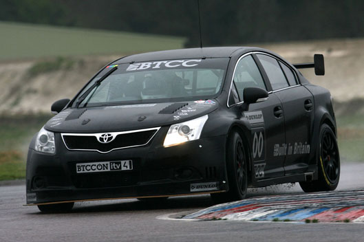 BTCC Avensis gets the Thruxton treatment