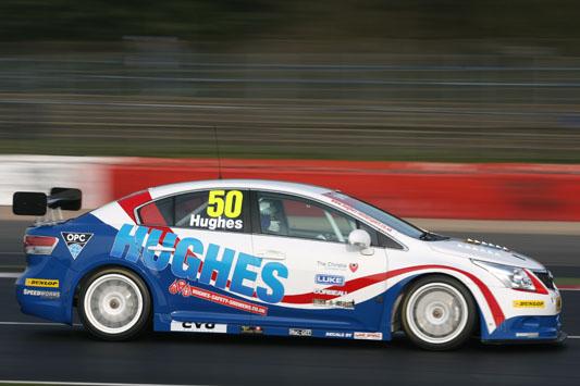 Hughes Motorsport Avensis