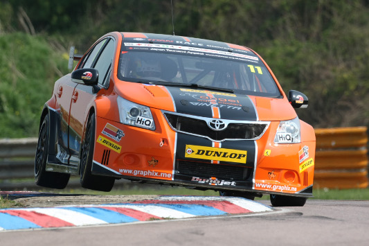 Chicane attack for Wrathall at Thruxton