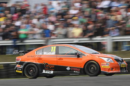Dynojet Racing BTCC Toyota Avensis