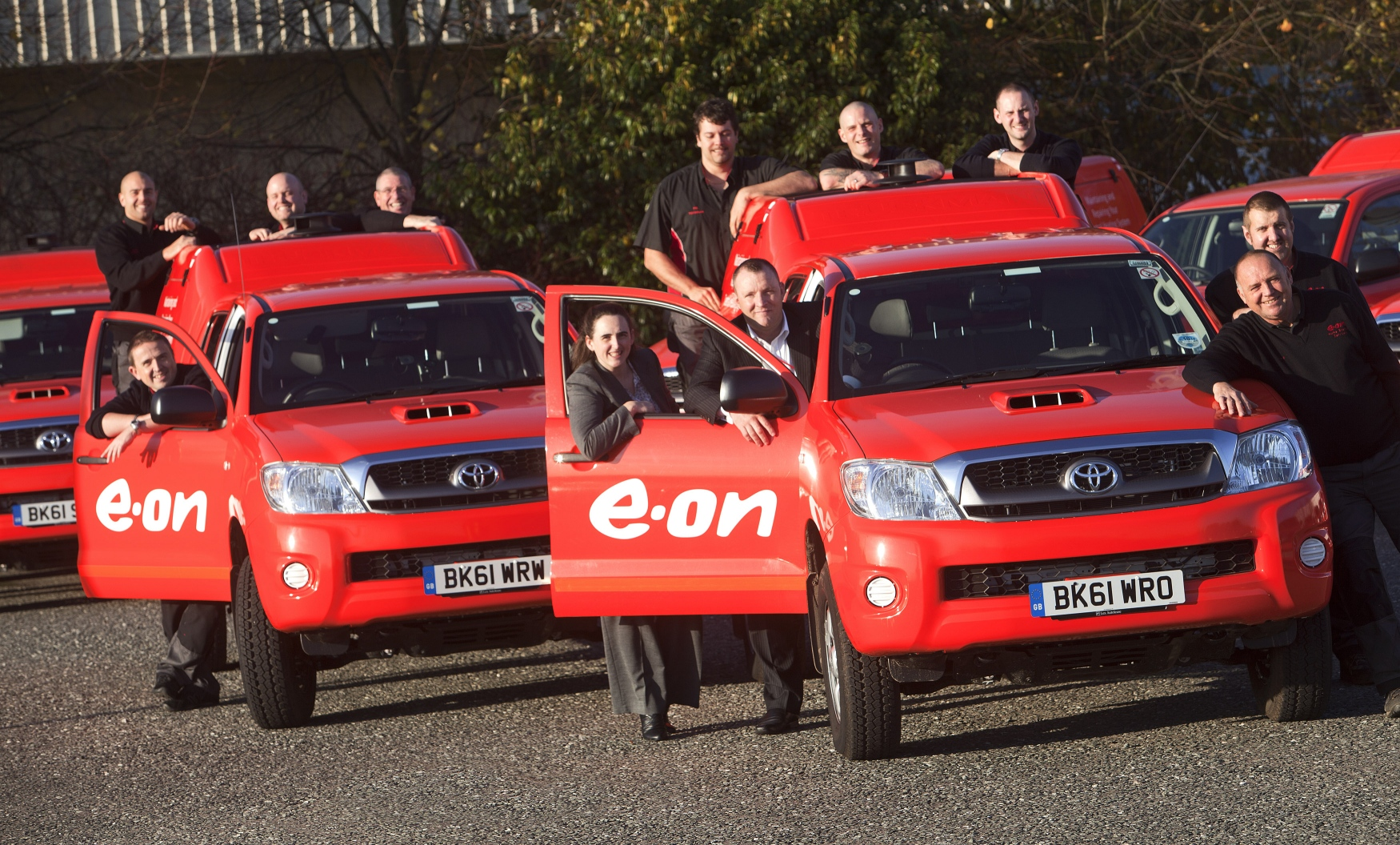 E.ON engineers and their fleet of Toyota Hilux