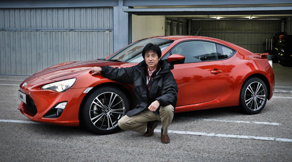 tada-and-gt86