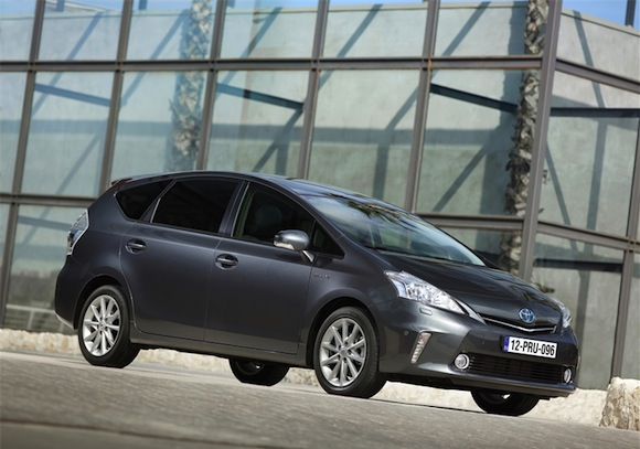 toyota prius reviews round up toyota. Black Bedroom Furniture Sets. Home Design Ideas