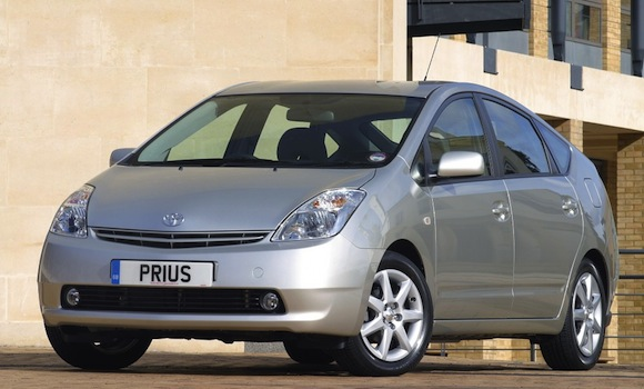 Toyota Prius II named best medium car to own in Which? Car Survey 2012
