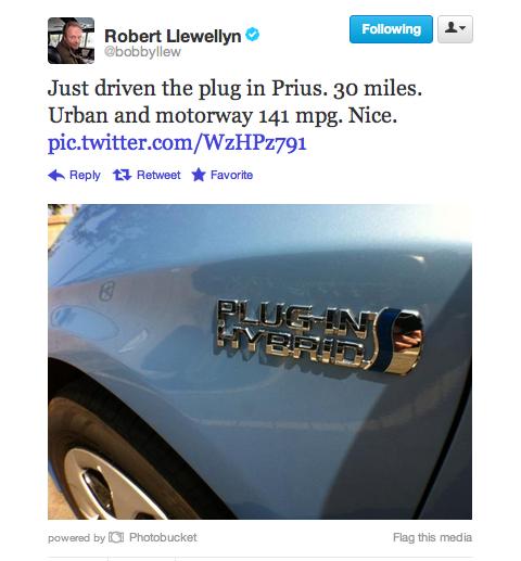 Robert Llewellyn tweet