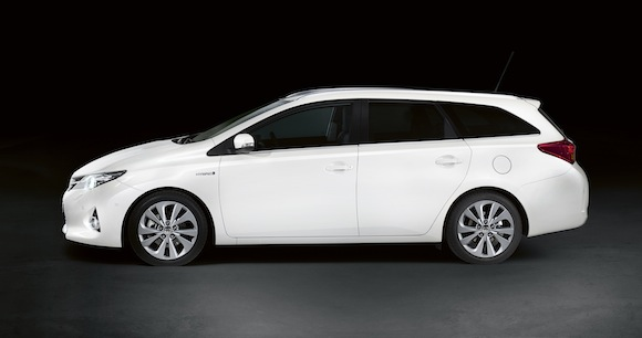 Toyota Auris Touring Sports profile