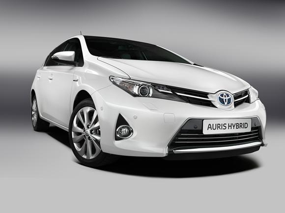 Toyota_Auris_002