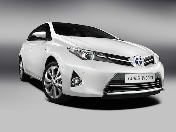 New Toyota Auris Hybrid