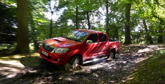 Ross Noble driving Toyota Hilux