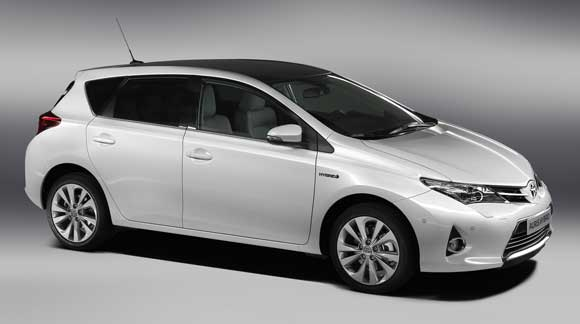 new toyota auris low running costs low tax lasting value toyota. Black Bedroom Furniture Sets. Home Design Ideas