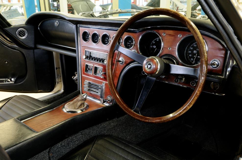 classic Toyota 2000GT