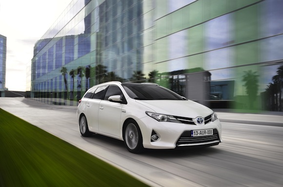 Toyota Auris Touring Sports 2