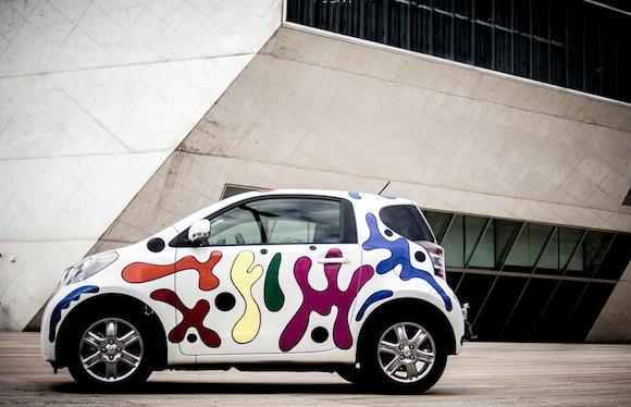Toyota iQ Urban Art