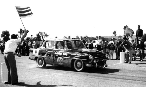 1957-Toyopet-Crown-(2)