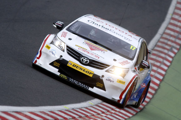 Dave Newsham (GBR) Speedworks Motorsport Toyota Avensis