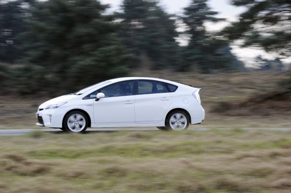 prius moving