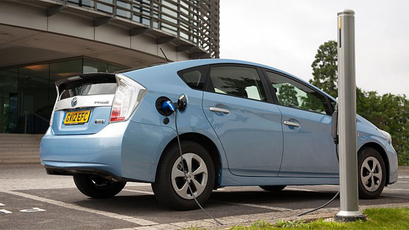 prius_plug_in_blog