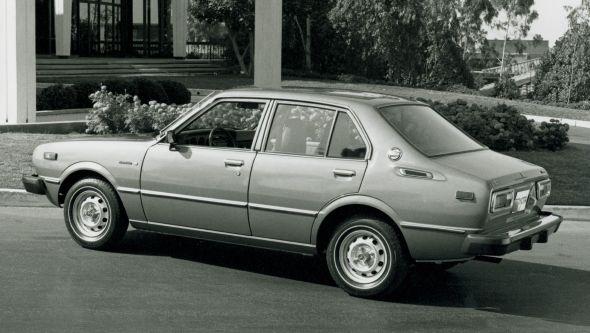 Corolla 3 saloon rear