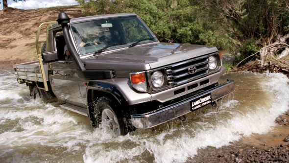 70-series 2001 Land Cruiser