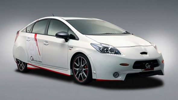 Toyota-Prius-G-Sports-concept