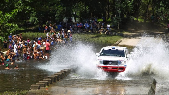Toyota Dakar splash