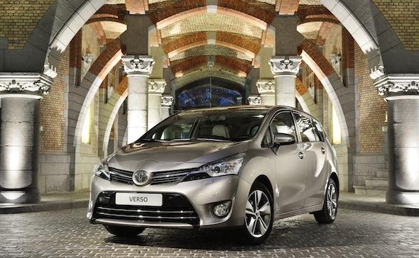 Toyota Verso 2014 Avantgarde Bronze