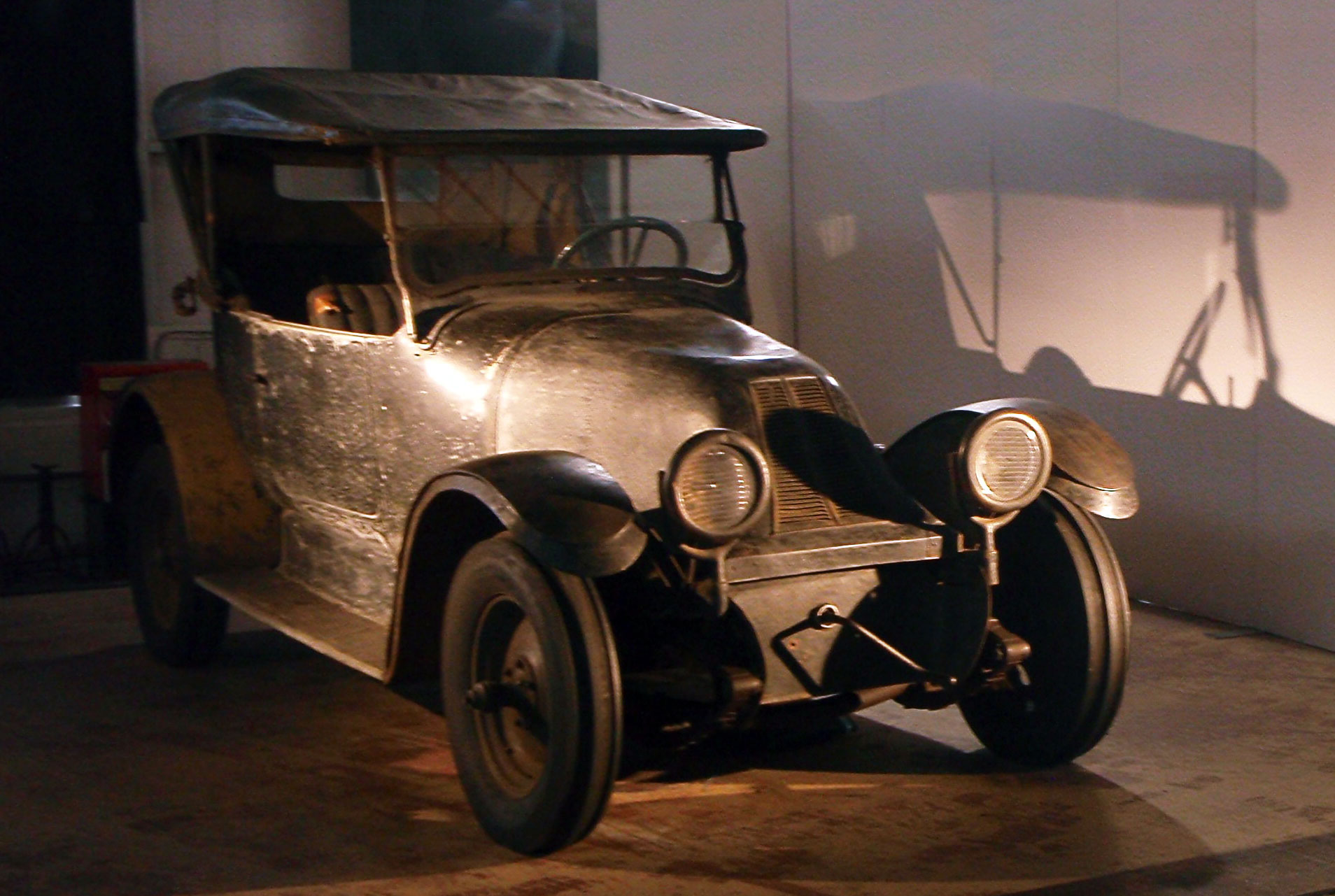 1918 Franklin ( USA) at the Toyota Automobile Museum