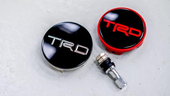 TRD Prius 002