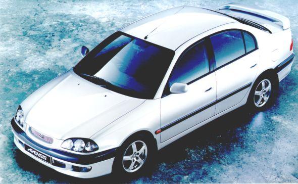 Avensis-SR-D-4D.jpg