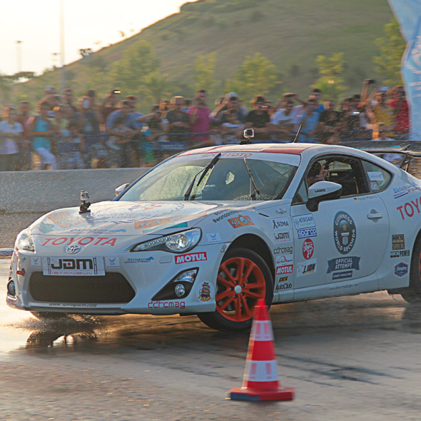 Toyota GT86 in drifting challenge