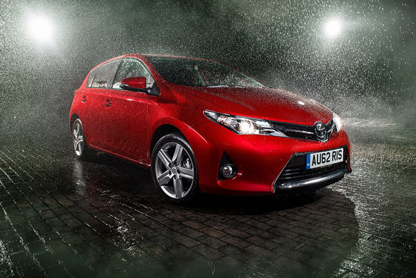 Toyota Auris rain