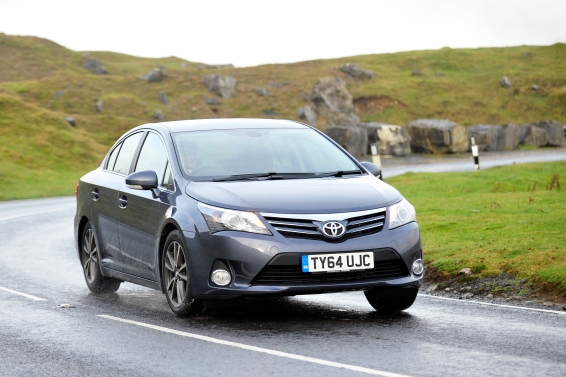Avensis-64-plate-driving-566px