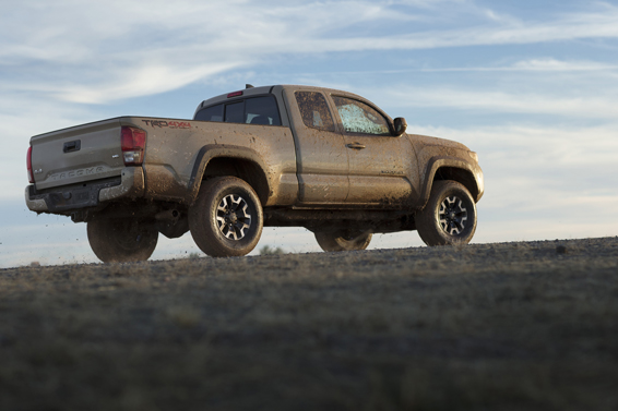 Toyota_Tacoma_TRD_OffRoad_