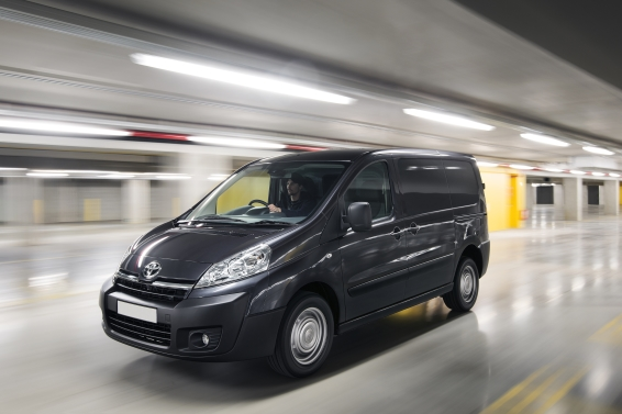 Toyota Proace driving