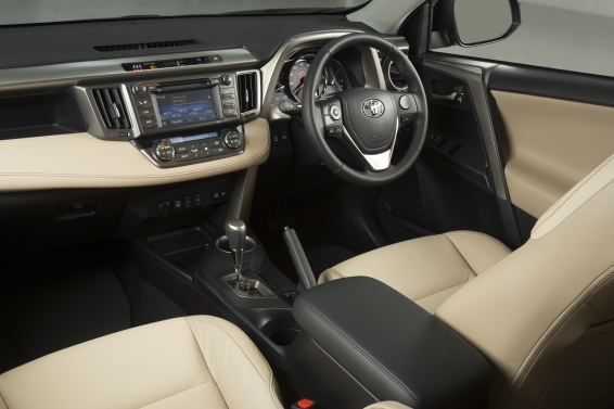 RAV4-interior-566px