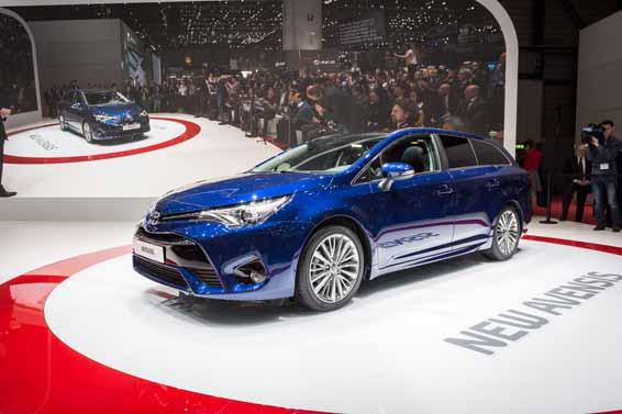 Toyota Avensis Geneva Motor Show