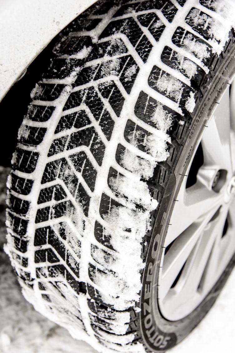 Winter tyres 01