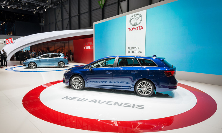 New Toyota Avensis and Auris
