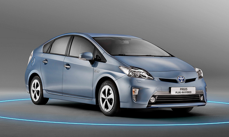 prius plug in price and specification toyota. Black Bedroom Furniture Sets. Home Design Ideas