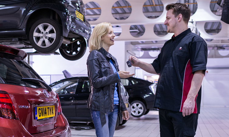 why service your car at toyota dealer