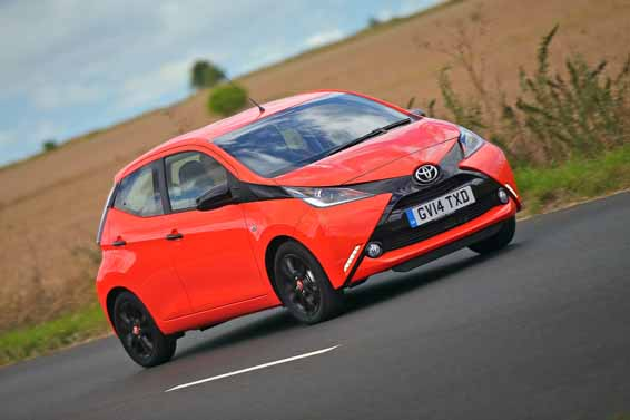 Orange-Twist-Aygo-x-cite-dynamic-009