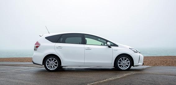 Prius  2015 profile