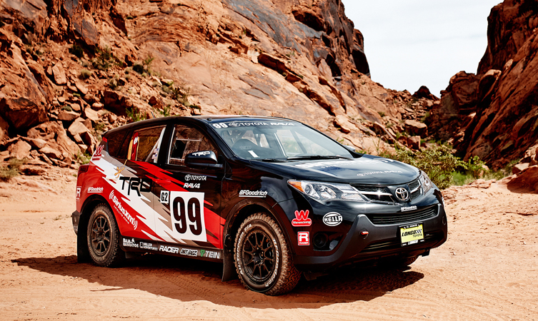 Toyota RAV4 rally car (1)