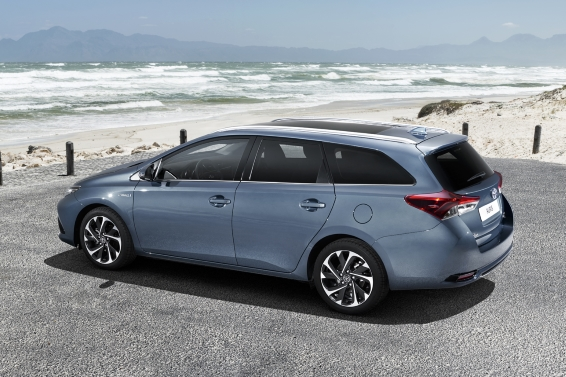 2015 Toyota Auris Touring Sports rear