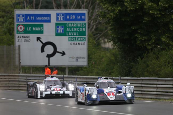 Toyota TS040 at Le Mans 2015