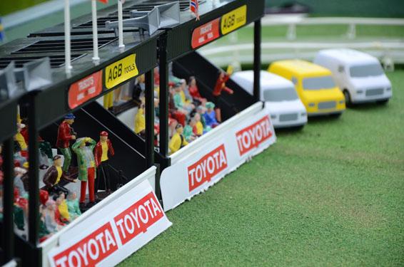 Epsom Derby toyota solar car (12)