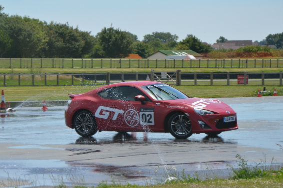 Toyota GT86 drift school