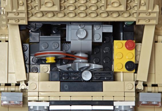 Lego Land Cruiser engine detail
